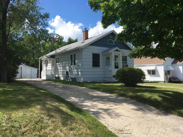 114 DAVIS Ave., Detroit Lakes, MN 56501
