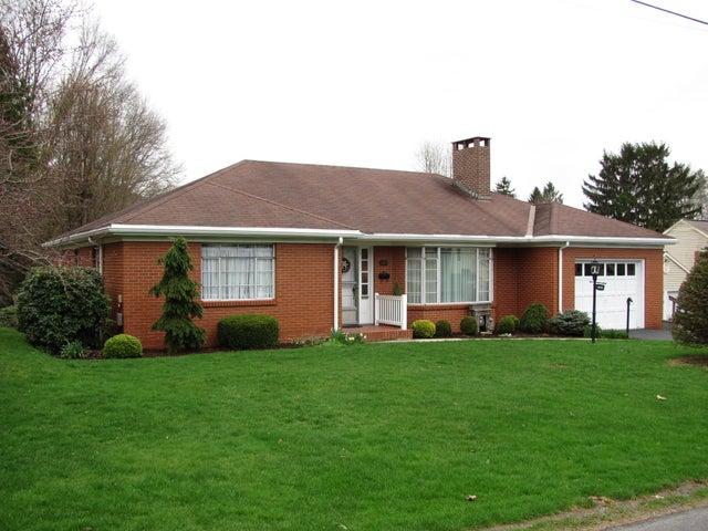 328 N BARNETT ST, Brookville, PA 15825