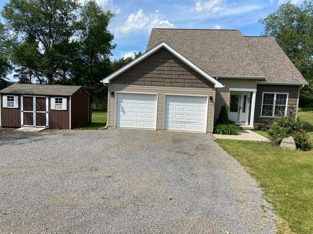5238 ROCKTON RD, Dubois, PA 15801