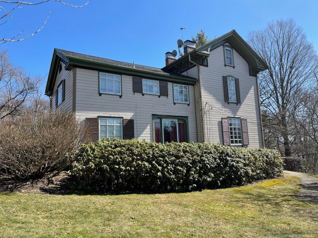 12 WALNUT ST, Brookville, PA 15825