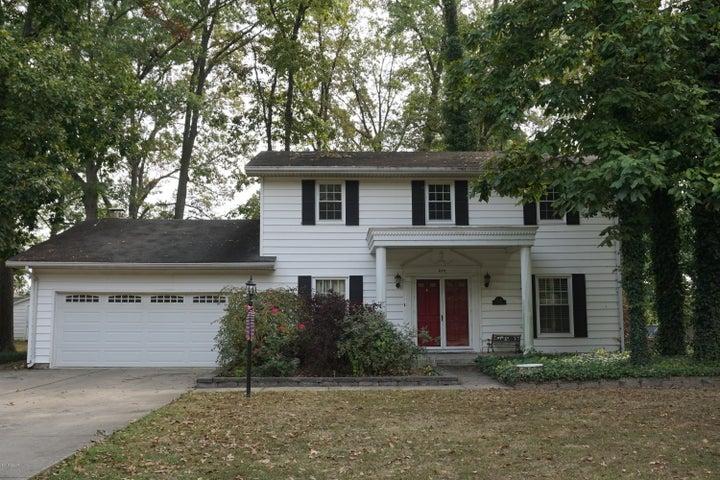 234 Oak Tree, Salem, IL 62881
