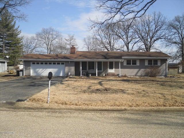 342 Oak Tree, Salem, IL 62881