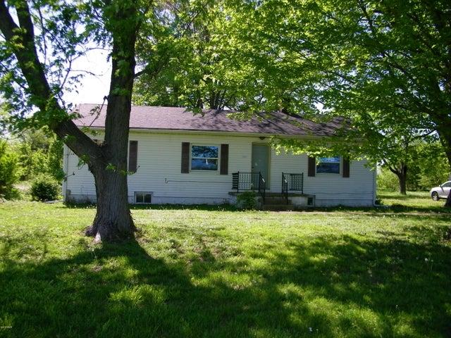 4321 County Farm Road, Salem, IL 62881