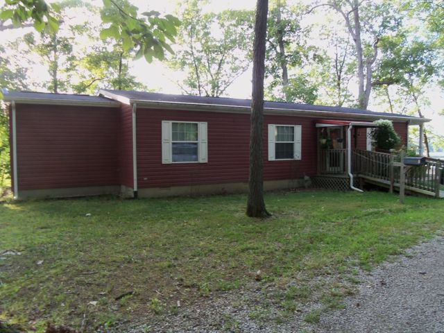 1617 S Campground Road, Centralia, IL 62801