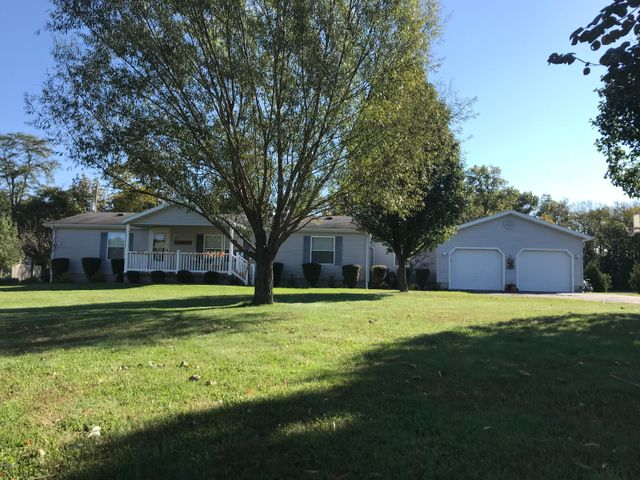 3646 County Farm Road, Salem, IL 62881