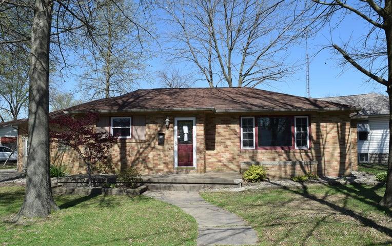 1100 E 3rd Street, Centralia, IL 62801