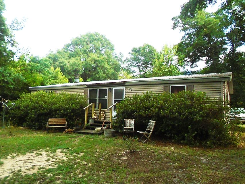 819 E Williams Avenue, Crestview, FL 32539