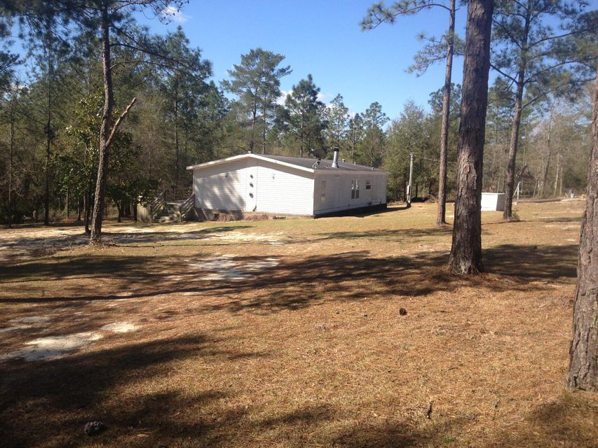 5220 Stallion Drive, Crestview, FL 32539