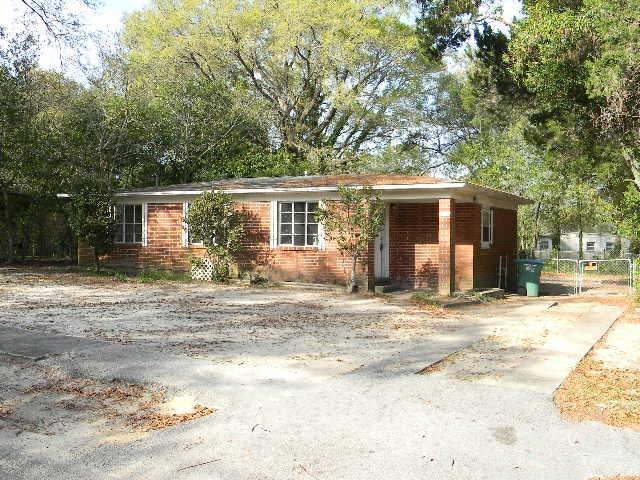 192 Adkinson Drive, Crestview, FL 32536