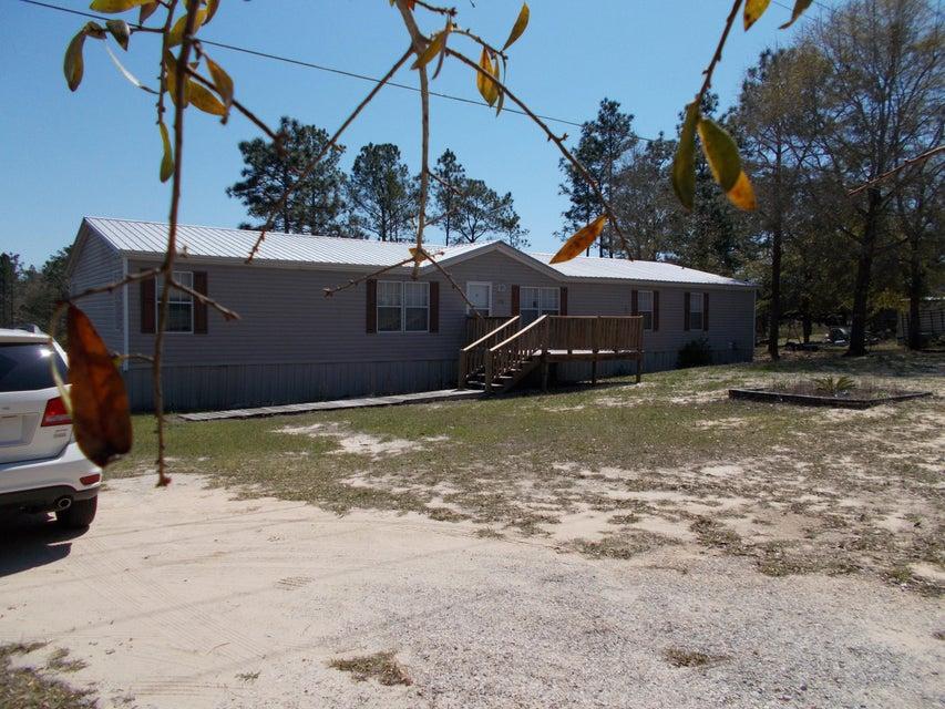 290 Dr Roberts Drive, Defuniak Springs, FL 32433