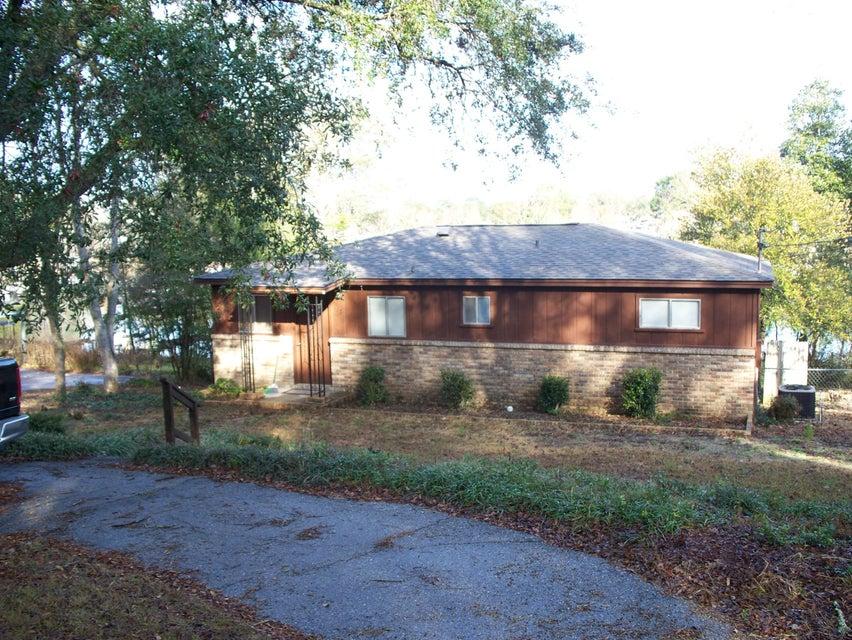 117 Widner Circle, Defuniak Springs, FL 32433