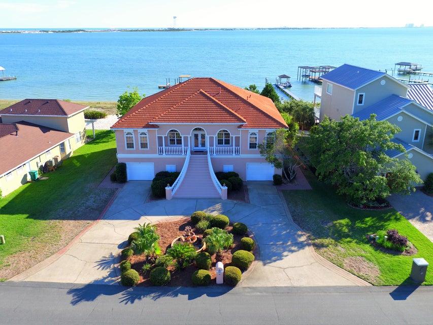 154 Shoreline Drive, Mary Esther, FL 32569