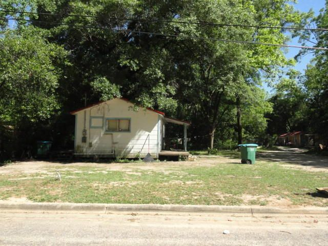 221 W Bowers Avenue, Crestview, FL 32536