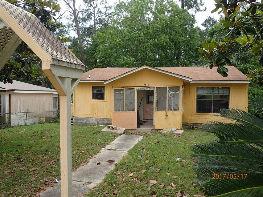 5816 Jack Stokes Road, Baker, FL 32531