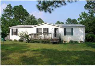 2190 Jeannie Street, Navarre, FL 32566