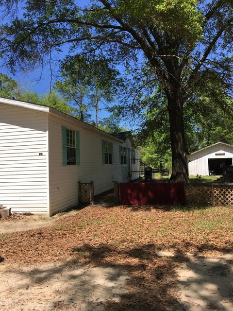 557 Lee Avenue, Crestview, FL 32539