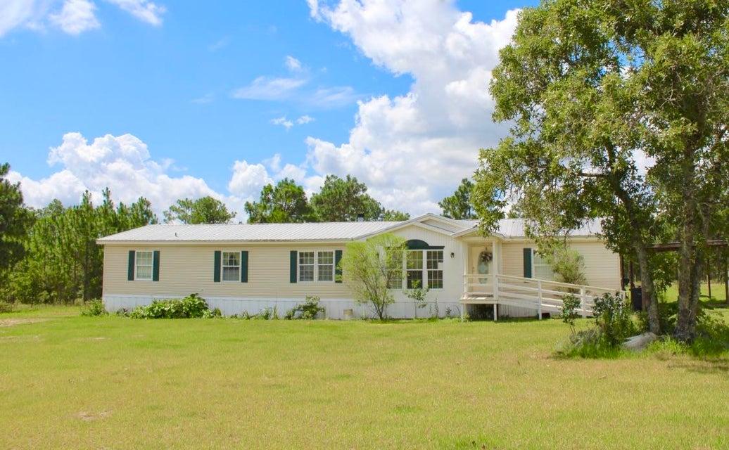 144 Ferreira Lane, Defuniak Springs, FL 32433