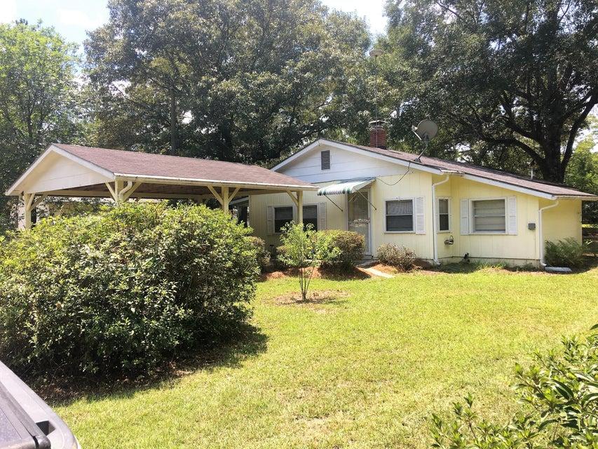 433 Grace Drive, Defuniak Springs, FL 32433