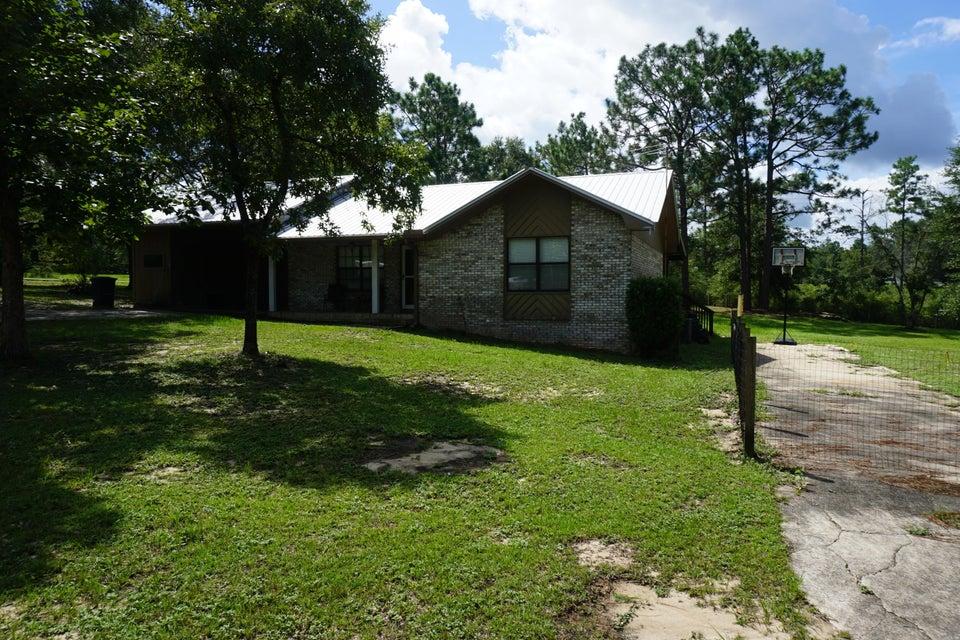 25 Plew Court, Defuniak Springs, FL 32433