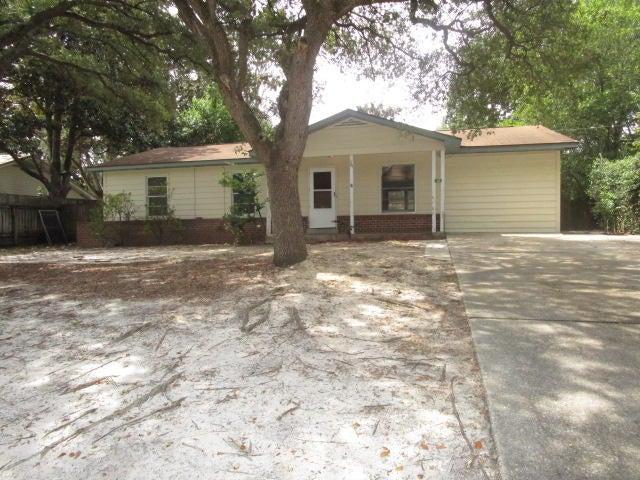 60 NW Silva Drive, Fort Walton Beach, FL 32548