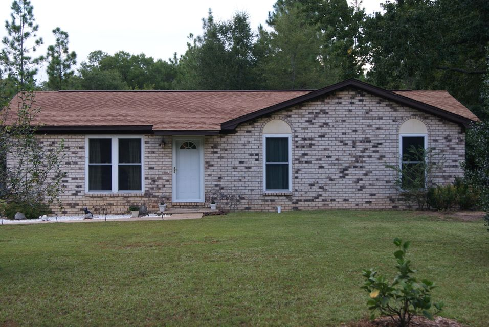 1137 Country Living Road, Baker, FL 32531