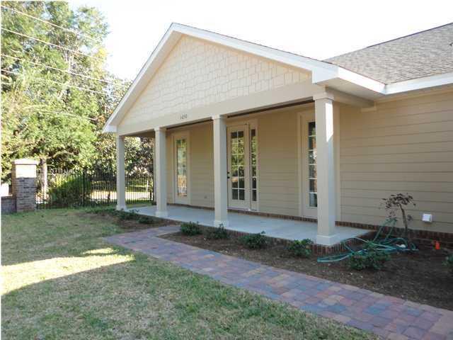 1650 St Lawrence Drive, Niceville, FL 32578