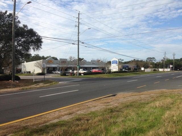 1813-1823 Alpine Avenue, Navarre, FL 32566