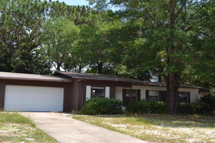 122 2ND Street, Niceville, FL 32578