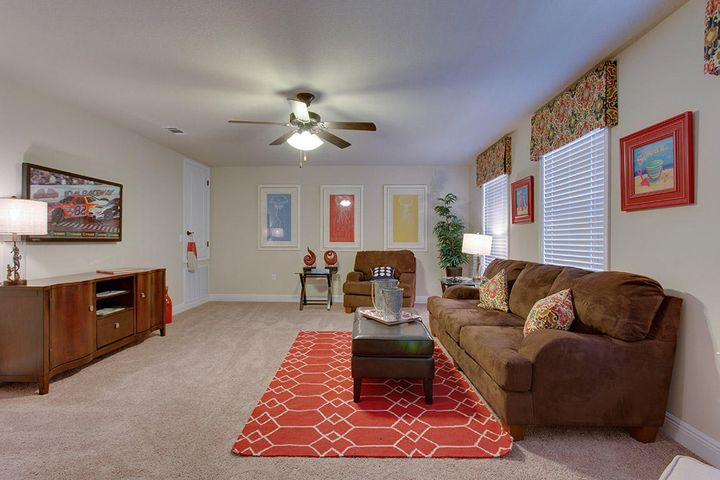 Pictures may be of similar, but not necessarily of subject property, including exterior and interior colors.