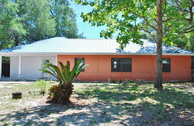 370 NE Osborne Drive, Fort Walton Beach, FL 32548