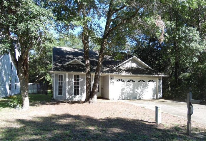 1759 Laredo Avenue, Niceville, FL 32578