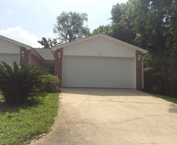 100 Andalusia Road, Mary Esther, FL 32569