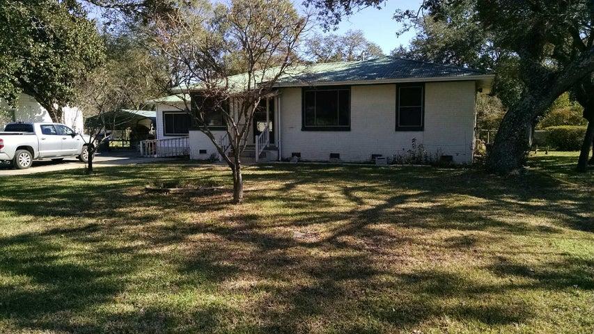 104 NE Patton Drive, Fort Walton Beach, FL 32547