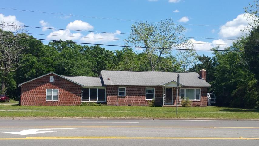 6830 Pine Forest Road, Pensacola, FL 32526