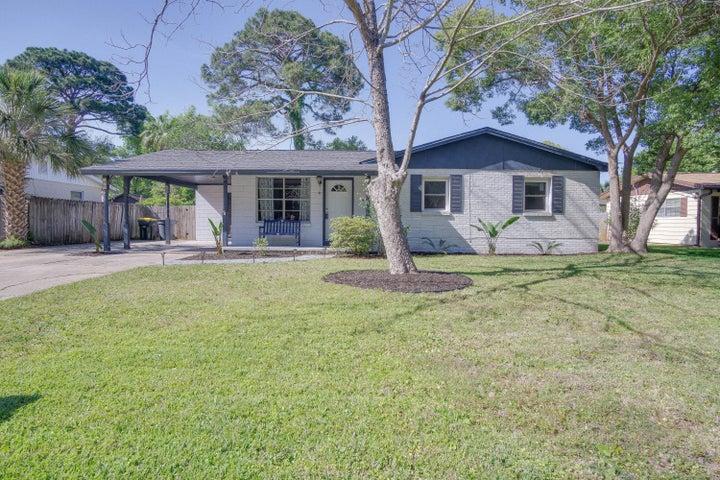 225 NE Hughes Street, Fort Walton Beach, FL 32548