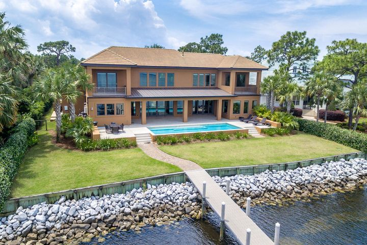 454 Admiral Court, Destin, FL 32541