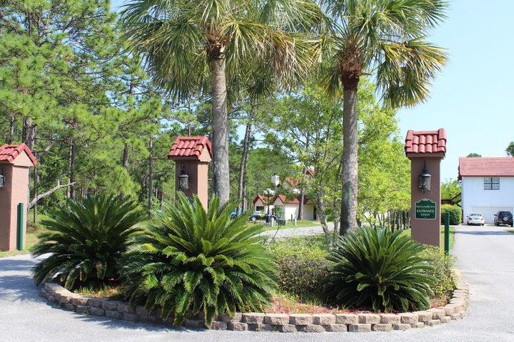 1726 W Smugglers Cove Drive, Gulf Breeze, FL 32563