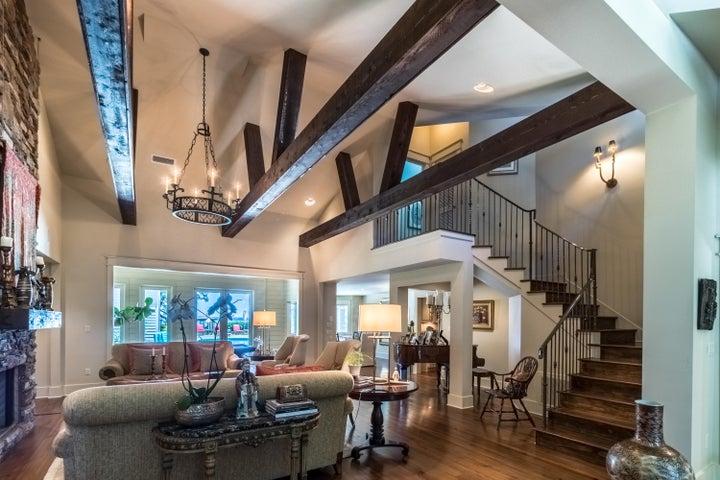 Main House - Living