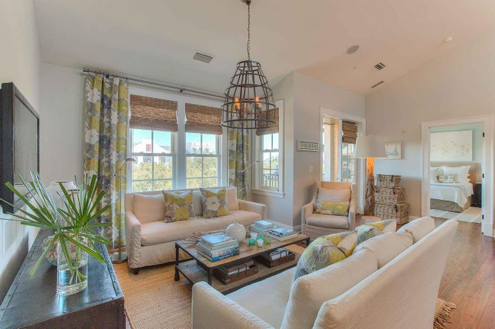 104 N Barrett Square, UNIT 3A, Rosemary Beach, FL 32461