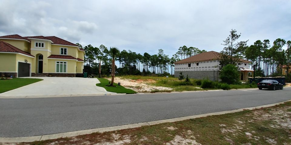 9389 Palmetto Ridge Court, Navarre, FL 32566