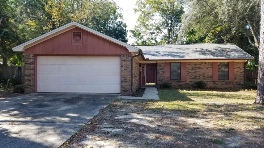 105 Campbell Avenue, Crestview, FL 32536