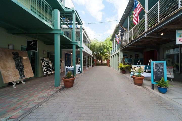 125 Quincy Circle, Santa Rosa Beach, FL 32459