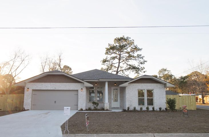 52 NW Marilyn Avenue, Fort Walton Beach, FL 32548