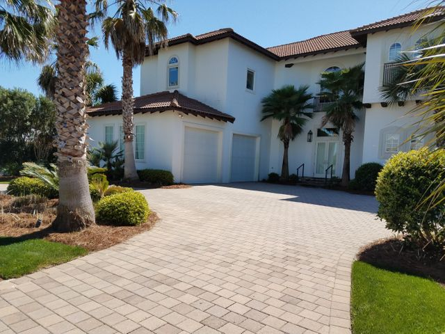 522 Vera Cruz Drive, Destin, FL 32541