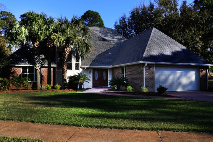44 E Country Club Drive, Destin, FL 32541