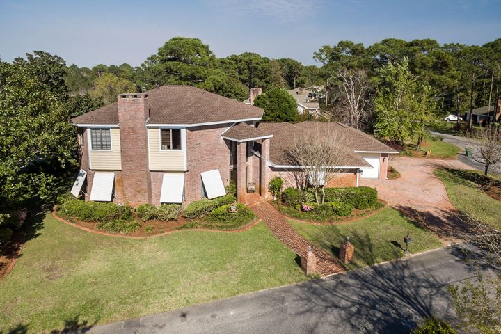 161 Baywind - the PERFECT home!