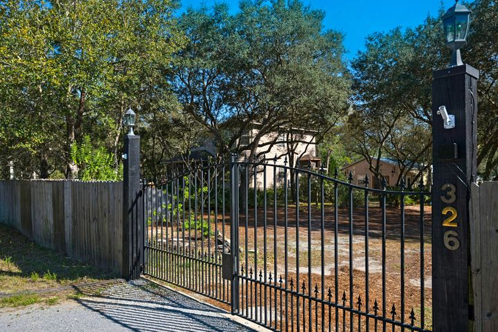 Fully gated and secured property. Gate Automatically opens.
