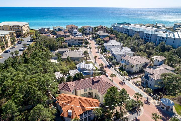 135 White Cliffs Blvd. is a short stroll to neighborhood deeded beach access!
