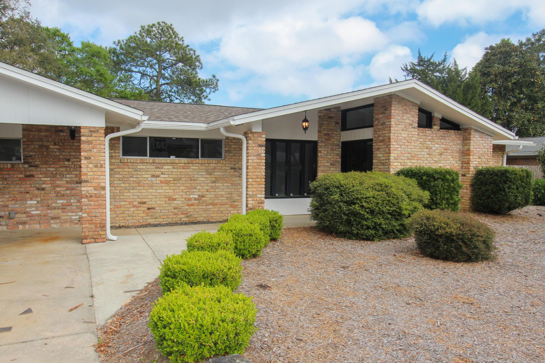 618 Merioneth Drive, Fort Walton Beach, FL 32547
