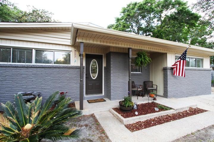 106 Thornhill Road, Fort Walton Beach, FL 32547